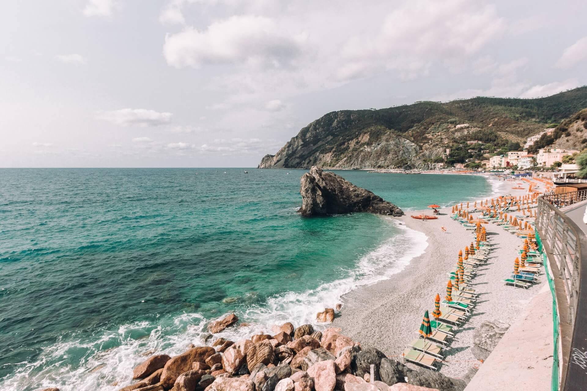 Benefits of Mediterranean sea salt in skincare