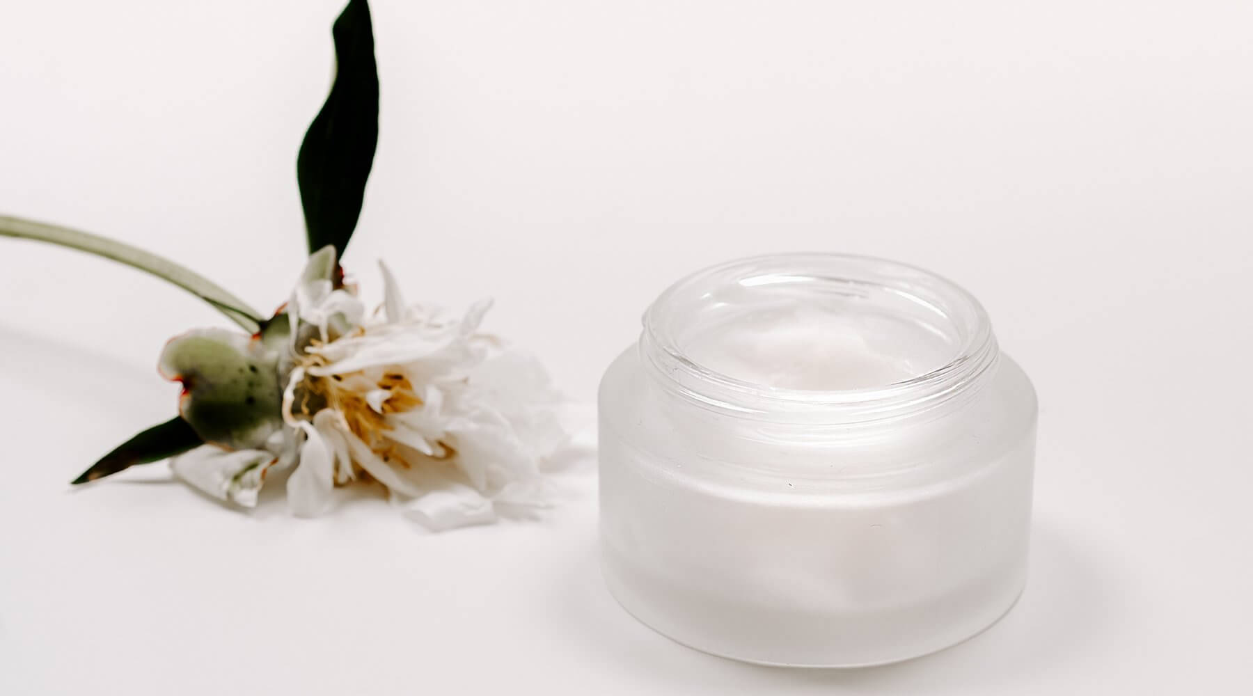 5 natural skincare tips for glowing skin